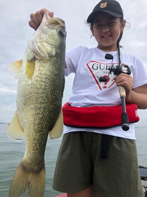 9月16日ガイドはリコちゃんが50アップを釣ってくれて救われた1日