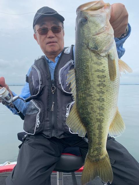 7月2日琵琶湖ガイドはショートタイムでも手堅く!いつもの!ジャスターフィッシュ3.5DSとワイルドサイドWSS-ST65Lで50cm頭に8本