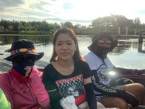 9月6日バカンス合同ガイドでもジャスターフィッシュ3.5ワイルドワカサギのスイングヘッド1.8gにワイルドサイドWSS-ST65Lのセットでバス釣り初めての女の子に50アップ2本他で船中10本