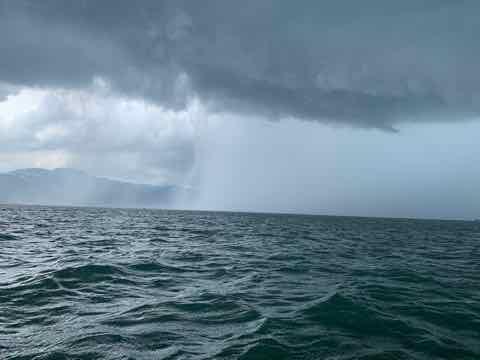 6月26日琵琶湖ガイドはバス釣り2回目のゲスト様にGETNETジャスターフィッシュ3.5DSとワイルドサイドST65Lでグッドサイズを釣ってもらえましたよ!