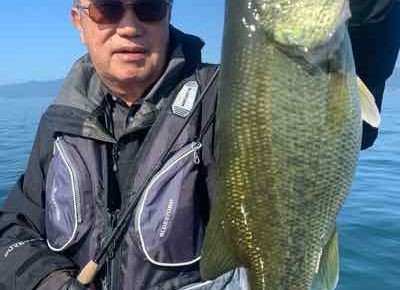 10月2日琵琶湖ガイドはご希望で数釣りオンリー!GETNETジャスターフィッシュ2.5と3.5DSをワイルドサイドST65Lでグッドサイズも!