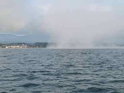 10月18日琵琶湖ガイドは濃霧からのスタートで数釣り希望のゲスト様とエンジョイ琵琶湖!